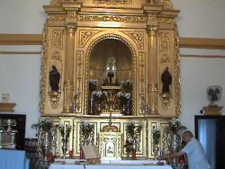 250px-Altar_Ermita_(El_Ronquillo)